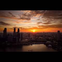7:09pm @ Marina Bay (Timothy TL) Tags: park sunset sky black marina sunrise bay singapore colours card lui timothy sands technique hdr gnd blackcardtechnique timothylui