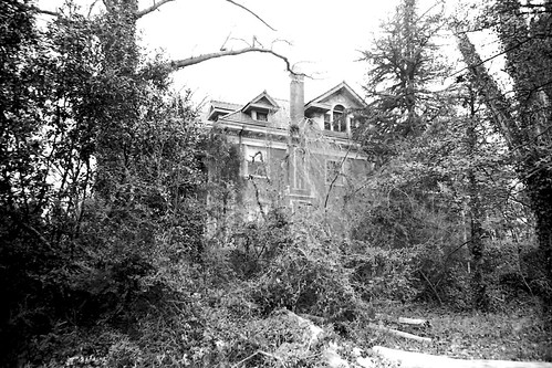 Galloway Mansion 1974 by joespake