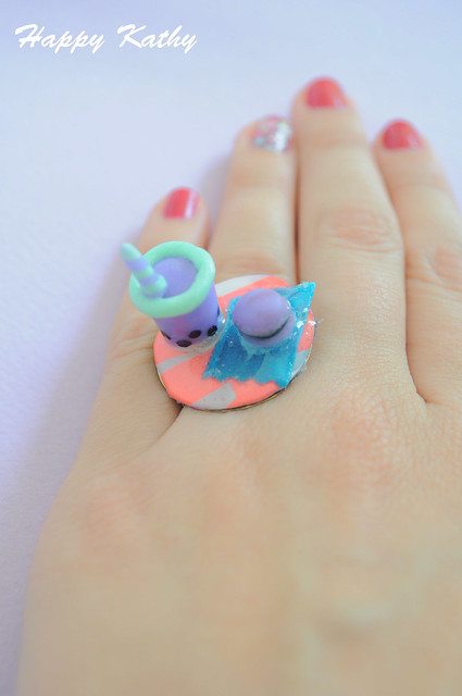 Macaroon and bubble tea ring!