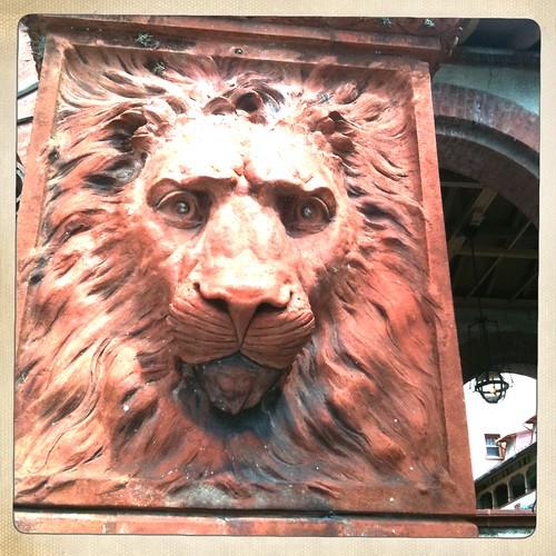 Ponce de Leon hotel lion