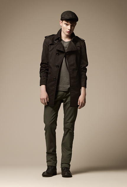 Stany-Marks Stanworth0092_Burberry Blue Label Fall 2011
