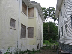 can2 1194 (Steph M Clark) Tags: urban abandoned ky louisville westend emmaline 2011 shawneepark kentuckycan2