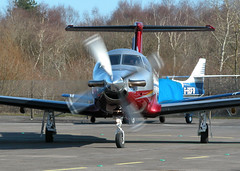 PILATUS PC-12-47 G-WINT 3 (BIKEPILOT) Tags: flying airport aircraft aviation airfield blackbushe gwint pilatuspc1247 eglk