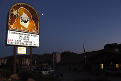 The Aarchway Inn at night in Moab, Utah (Hazboy) Tags: vacation usa moon west sign night hotel utah us inn state western moab archway kokopelli beehive hazboy hazboy1