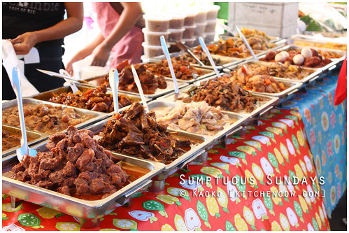 Legazpi Sunday Market: A Variety of Viands