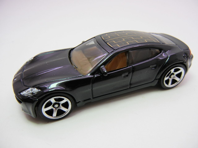 matchbox '12 fisker karma ever (2)