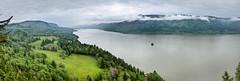 Panorama of Columbia River (Kay Gaensler) Tags: trip usa america canon geotagged eos us washington spring kay roadtrip bridalveil amerika frhling washougal staaten 2011 vereinigtestaaten vereinigte 40d gnsler gaensler wwwenslerde geo:lat=4557613333 geo:lon=12219524500