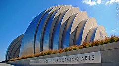 Kauffman Center, 20 Oct 2011 (photography.by.ROEVER) Tags: autumn fall architecture october afternoon exterior kansascity kc newbuilding kcmo moshesafdie kansascitymo 2011 kansascitymissouri kansascityarchitecture kauffmancenterfortheperformingarts october2011 kauffmancenter kcarchitecture