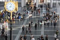金時計のある広場 / Urban open space