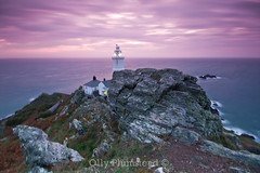 Start Point Lighthouse, 6am (Olly Plumstead) Tags: morning light sky lighthouse house seascape night start canon point landscape dawn early long exposure purple very rocky sigma windy devon olly gusty 1020 manfrotto plumstead 450d