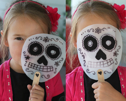 Dia de los Muertos Masks for kids by Brenda Ponnay for Alphamom.com #diadelosmuertos #craft #masks #halloween #kidscraft #diymask #dayofthedead #dayofthedeadcraft""