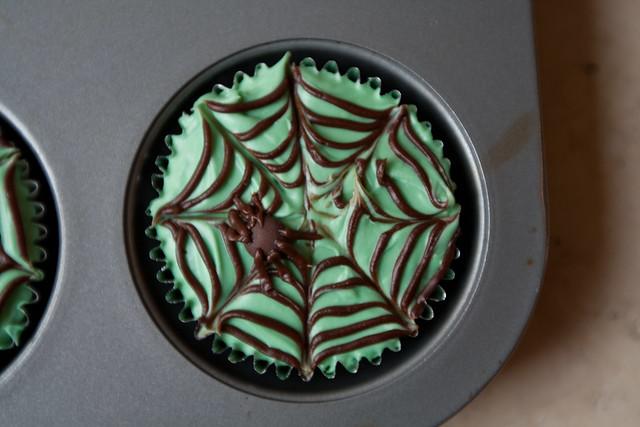 Spider Web Cupcake; Cobweb Cupcake