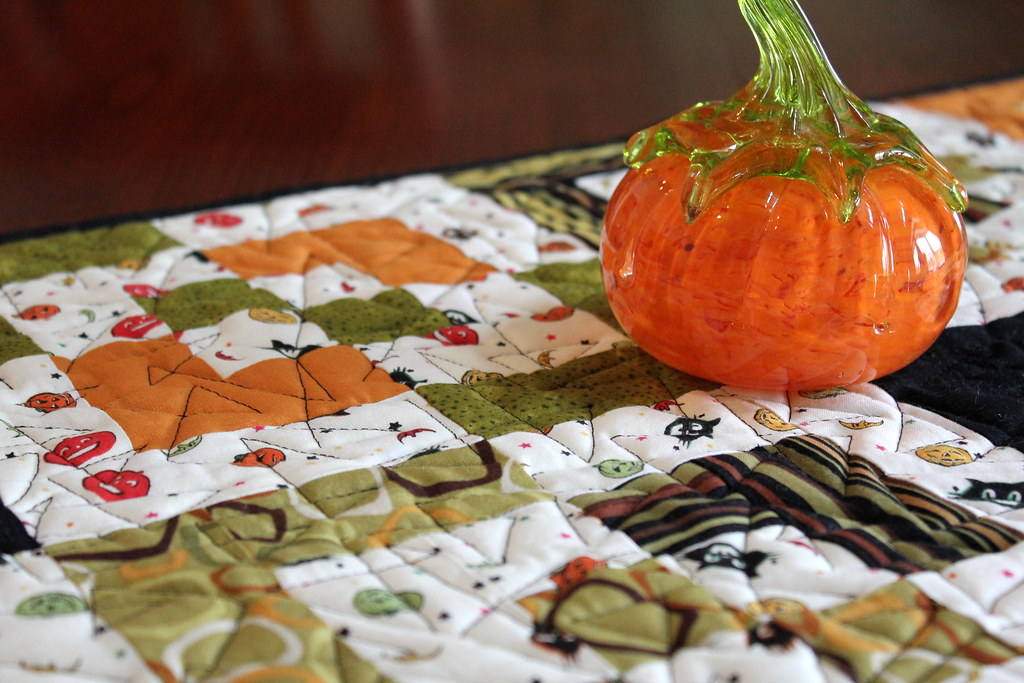 Bento Box halloween Table Runner Close Up