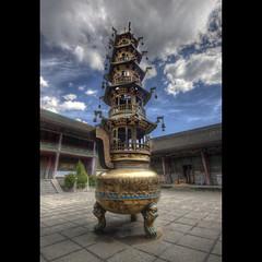 Monastre (Achimar) Tags: china photoshop canon temple sigma hdr wutaishan 500d photomatix bouddhism cs5 achillemarthaler