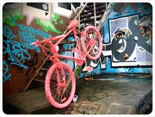 toronto pink bike