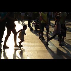 """""""live life"""" (j u n B a l l e n a) Tags: life china park sunset inspiration kid nikon live sigma run shenzhen shan hua silohuette lian 18200os d7000"""