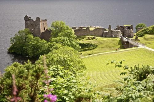 Urqhart Castle in Loch Ness