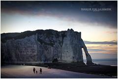 Avancer vers la lumire (AKfoto.fr) Tags: normandie etretat