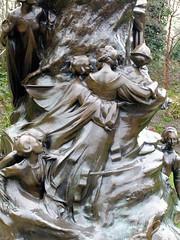 Peter Pan statue (Martin D Stitchener PiccAddo Photography) Tags: park sculpture london statue gardens photography photo flickr peterpan peter pan kensington peterpanstatue twitter gardenshyde kensingtonkensington martinstitchener dxhawk