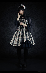Moon Waltz (ping.timeout) Tags: portrait studio lolita