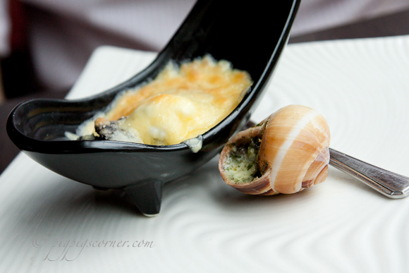 Dozo, Singapore-escargots