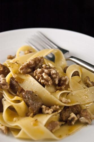 Tagliatelle che Nuci - Tagliatelle with Walnuts