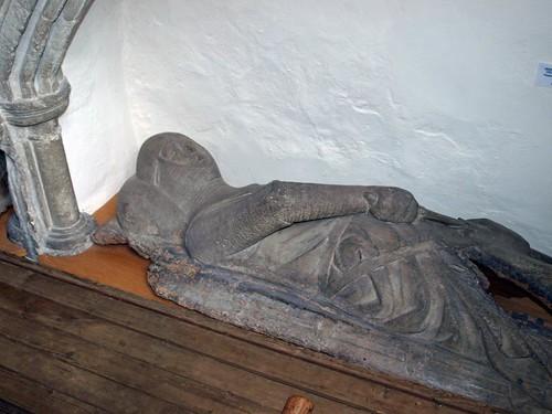 Wooden effigies (4)