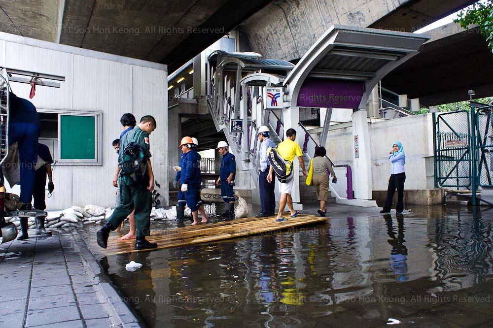 Saphan Taksin BTS entrance @ Bangkok, Thailand