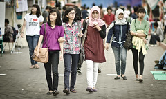 three in one (puguhindra) Tags: street girls woman girl indonesia asian photography interestingness interesting nikon women asia southeastasia flickr dof bokeh candid hijab streetphotography 85mm depthoffield explore yogyakarta jogjakarta nikkor 85 candidphotography streetandcandid bokehlicious af85mmf14d flickraward d7000 nikond7000