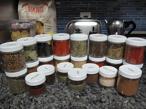 pretty spices, in pretty, uniform jars