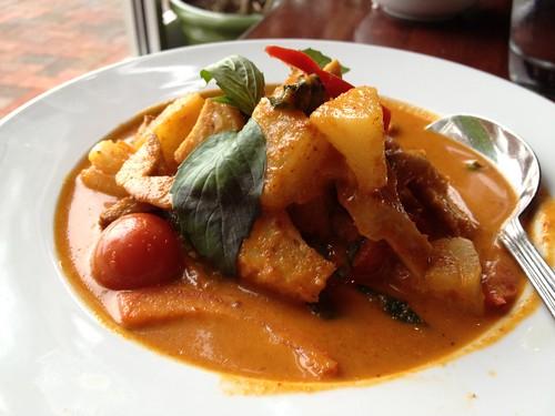 Sabai Mock Duck Curry
