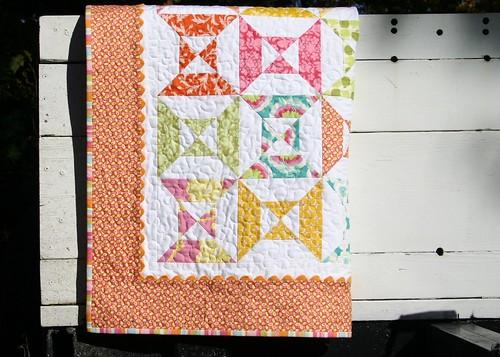zinnia quilt - hanging