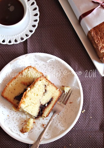 Nutella Swirl Pound Cake by Fitri D. // Rumah Manis