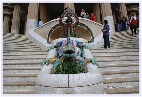 Escaleras by Miguel Allué Aguilar