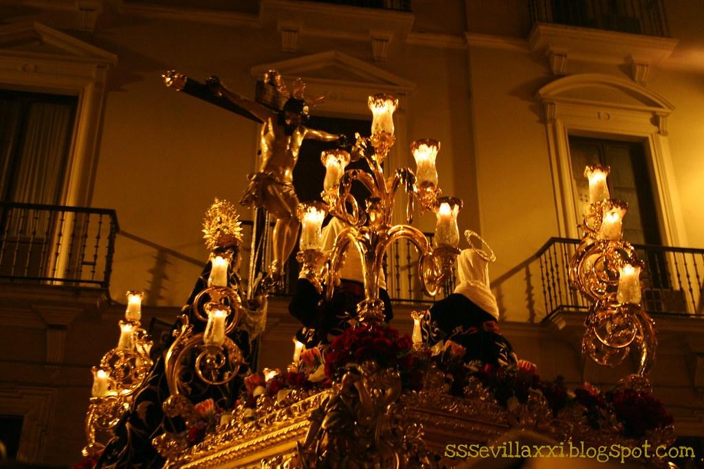 Santísimo Cristo de las Siete Palabras y Nuestra Señora de los Remedios.