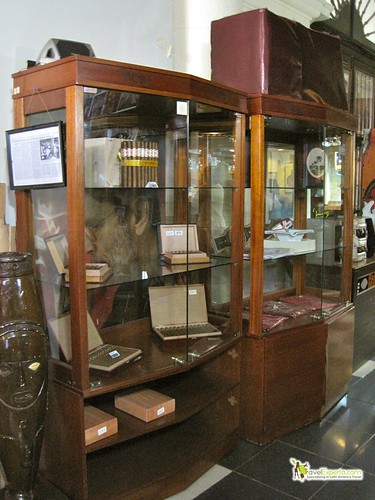 Cigar Cases and Humidifiers - Cuba