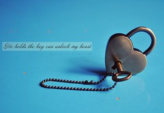 [Explored] He will always have the key to my heart  ( Minnie | Photography ) Tags: key open heart he unlock