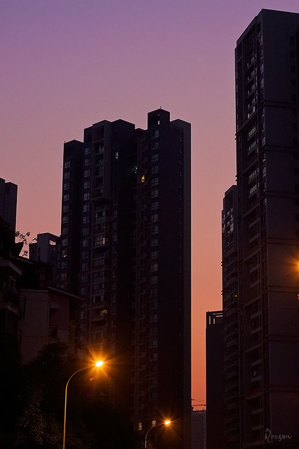nightfall in Chengdu