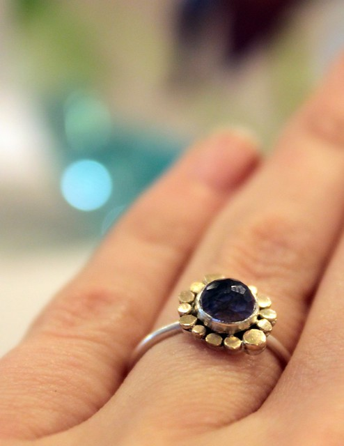 Spinel and 14k gold ring