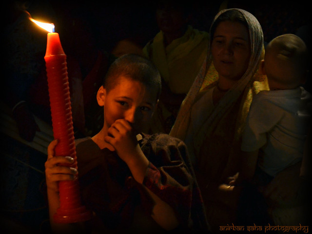 mayapur iskon rash utsav child light candle