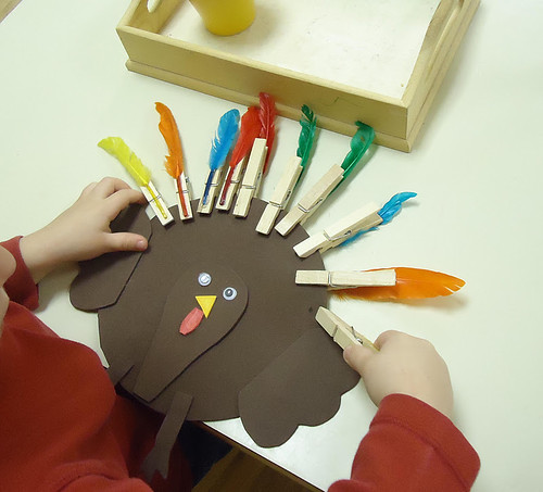 Clothespin Turkey Feathers Activity (Photo from To the Lesson!)