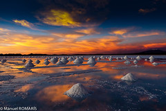 Salar de Uyuni, Bolivia (Manuel ROMARS) Tags: sunset cloud white lake salt bolivia mines dried salardeuyuni colorphotoaward manuelromaris