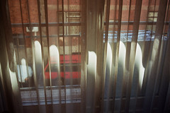 (Nemanja Kneevi) Tags: light film window curtain budapest prozor budimpesta aorist nemanjaknezevic nkrs