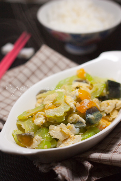 Bitter Gourd Stir-Fry with 3 Kinds Of Eggs