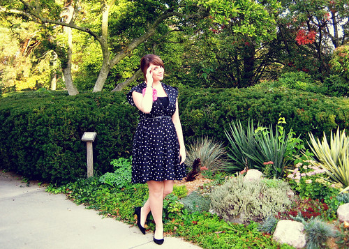 what to wear to a fall wedding First up is Liz from 26 and Counting