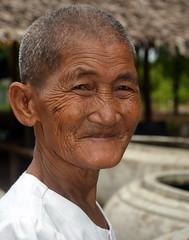 Nun.  Kampot (Claire Pismont) Tags: travel color pagoda colorful asia cambodge cambodia earth buddhism nun asie couleur viajar kampot bouddhist documentory earthasia pismont clairepismont