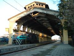 Rato agradable! (daniel_01986) Tags: tren estacion breda e17 locomotora andenes electrica talca vias e32 fepasa trendecarga e3214