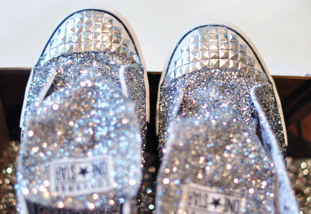 Glitter Sneaker DIY - 15