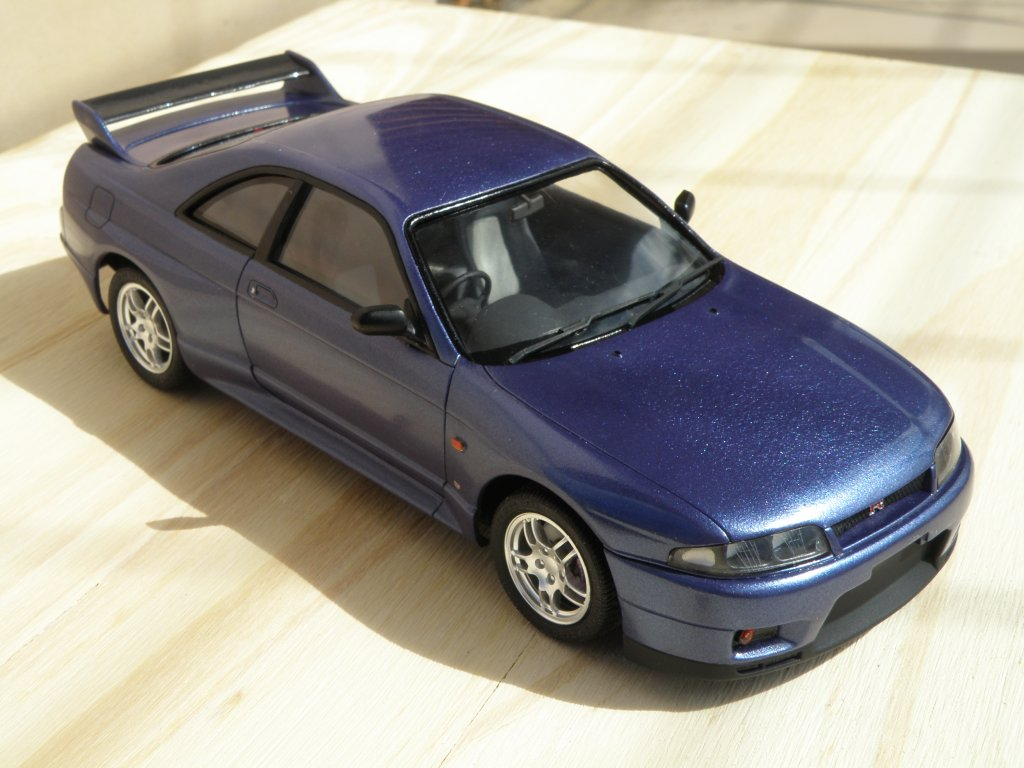 1993 Nissan Skyline GT-R r33 6235562354_62514eee5d_b