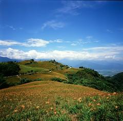 六十石山 (yuchenchang) Tags: 120 film zeiss t 66 f45 hasselblad carl swc 38mm biogon rvp100